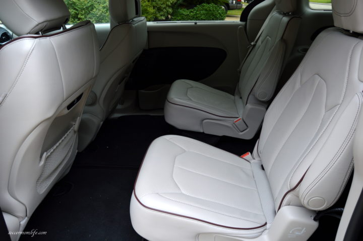 chrysler pacifica second row