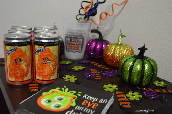 halloween-mini-monsters-cans
