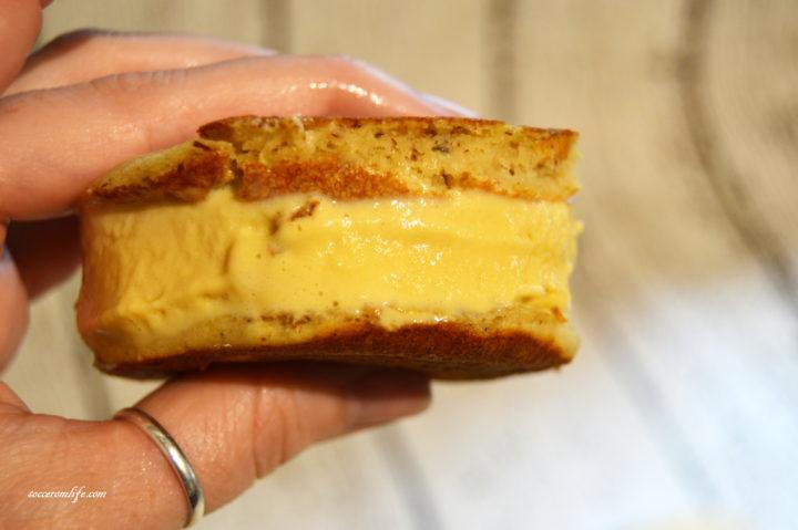 perfect-pancake-ice-cream-sandwich