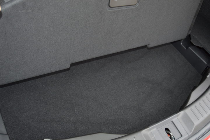 under mat cargo storage mazda cx-9