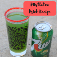 Mistletoe Drink Recipe with 7UP